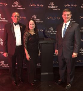Florida SBDC at USF Receives SunTrust Foundation's 2018 Lighting the Way Award and $75,000 Grant